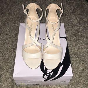 Nine West Gerbera Off White Heels.  Size 8